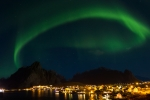 Aurora sul villaggio di Reine - Lofoten